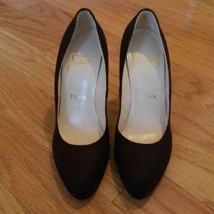 NEW Christian Louboutin Dark brown heels